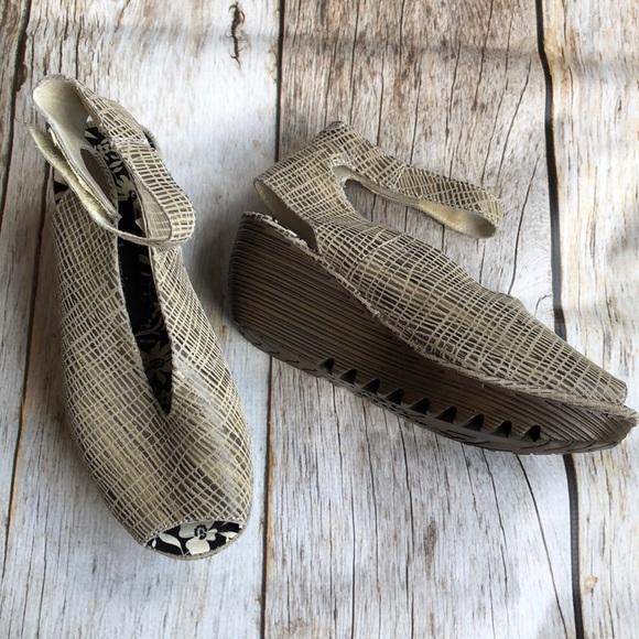 "ead3aa7016a8 Bernie Mev Shoes - Bernie Mev ""Mely"" shoes Brown Earth tones"